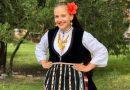 Престилката с ресни е акцентът в Неврокопската носия