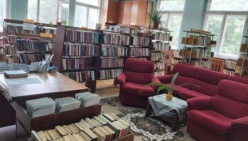 """Библиотеката към НЧ """"Н. Й. Вапцаров"""" спечели проект за закупуване на книги, още три наши библиотеки са с одобрени проекти"""