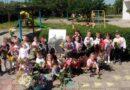 """Децата от ДГ """"Слънце"""" изплетоха венци за портрета на Светите братя"""
